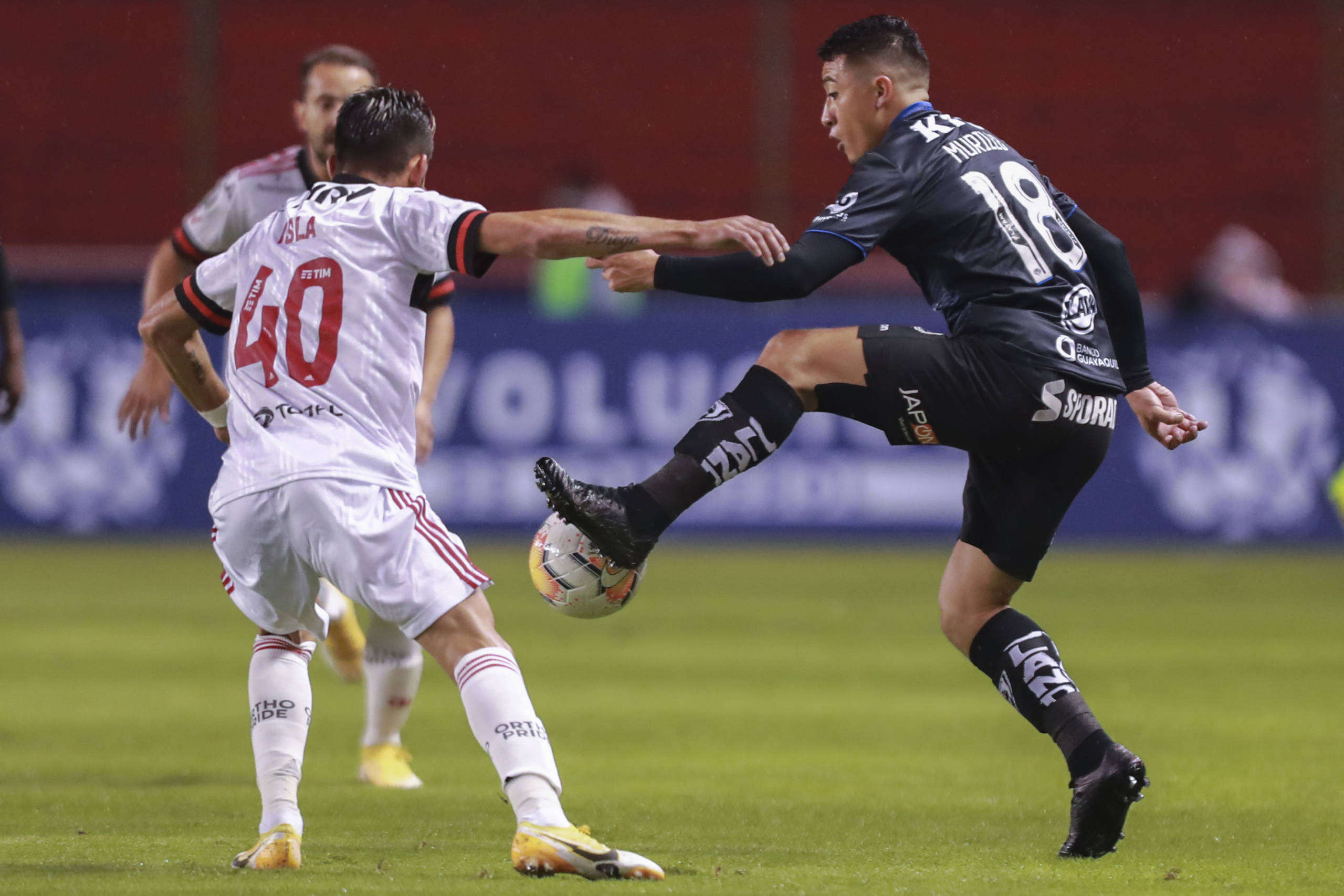 Isla reconhece superioridade do Del Valle após derrota do Flamengo