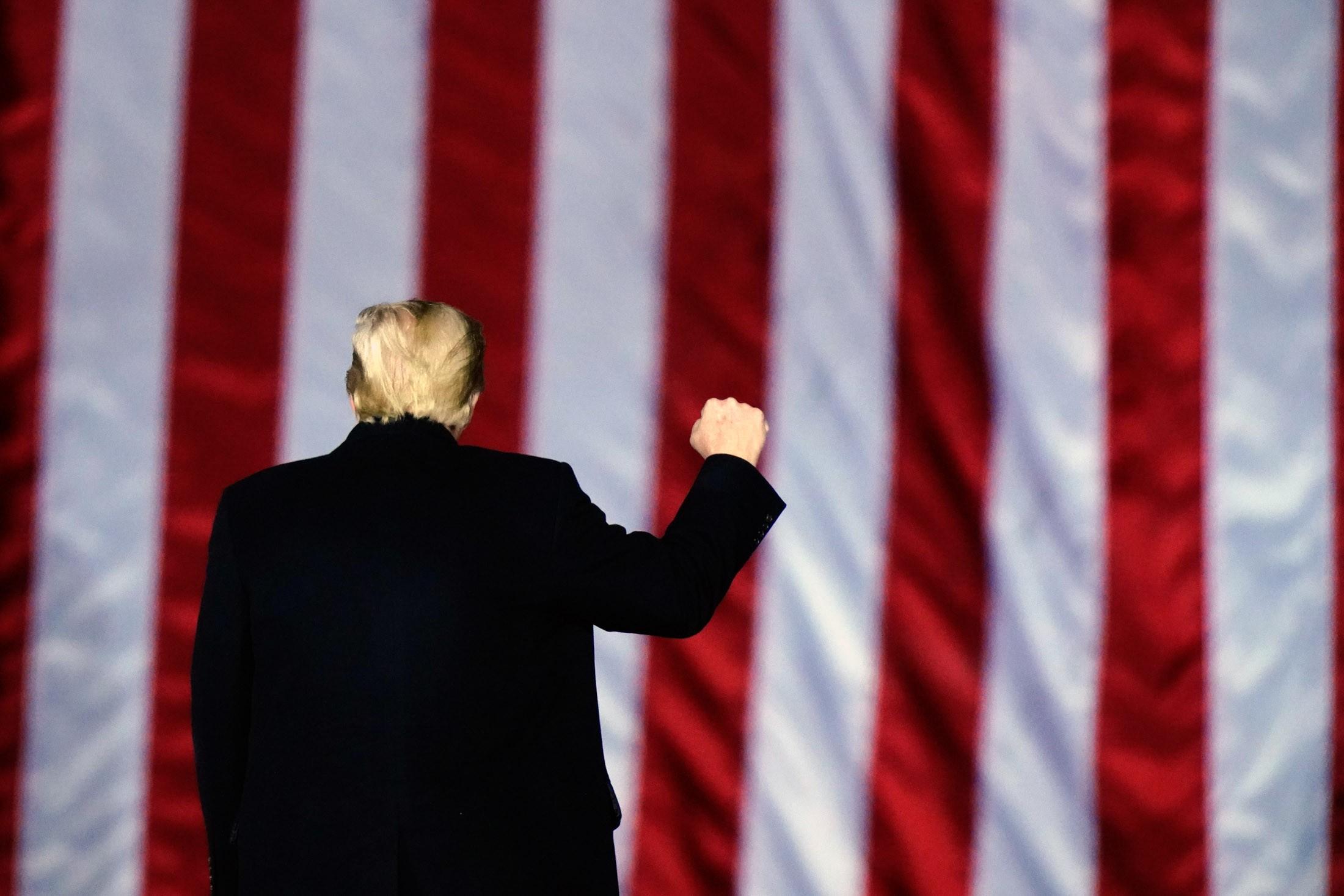 Trump avalia a criação de um novo partido, diz jornal